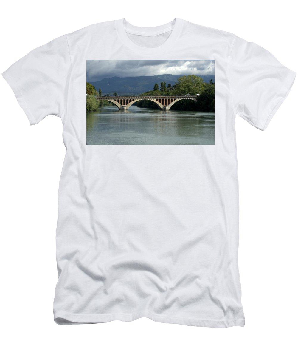 Landscape Men's T-Shirt (Athletic Fit) featuring the photograph Flowing Bridge by Jerry Deroo