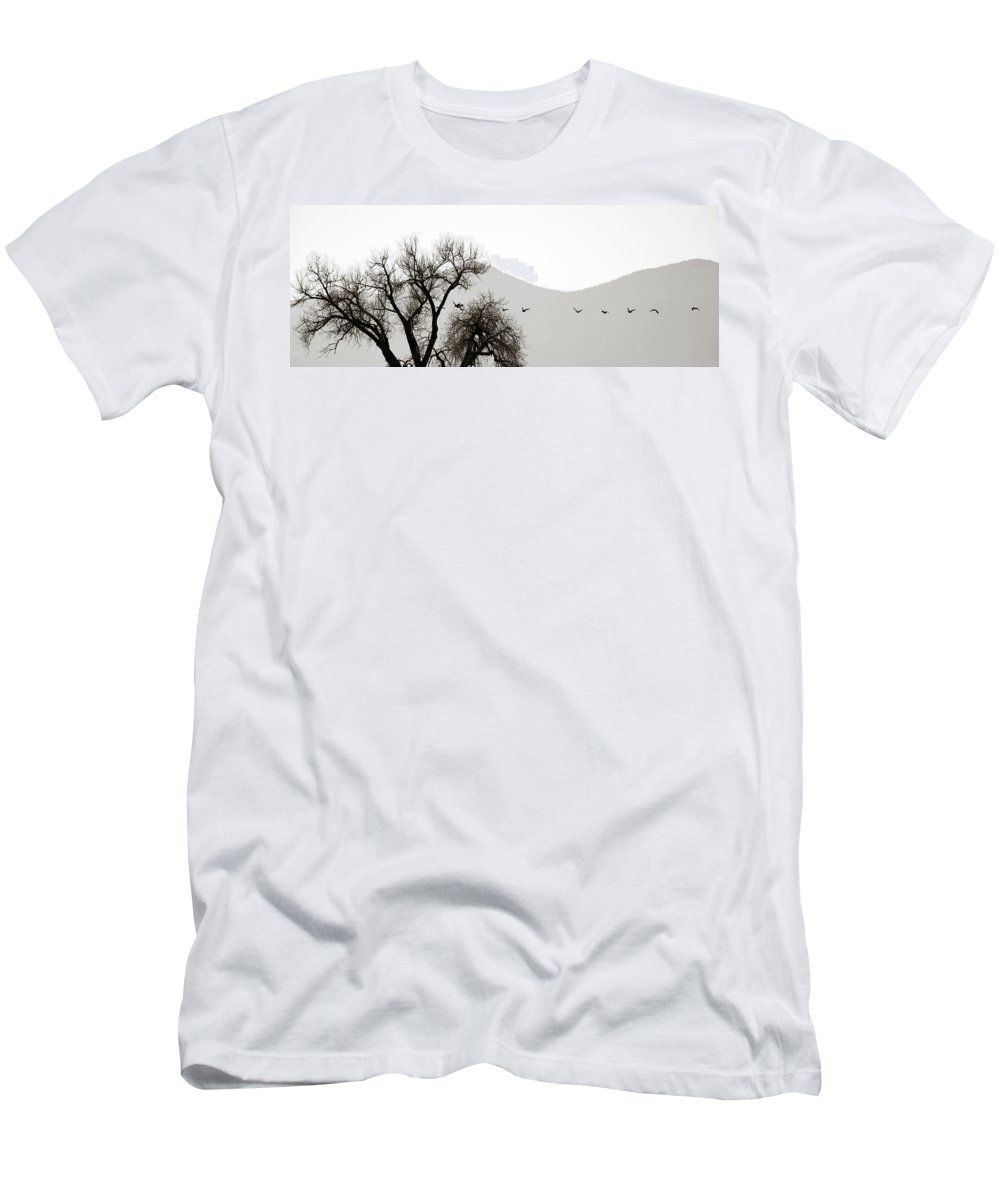 Horizon Men's T-Shirt (Athletic Fit) featuring the photograph Free Flying by Marilyn Hunt