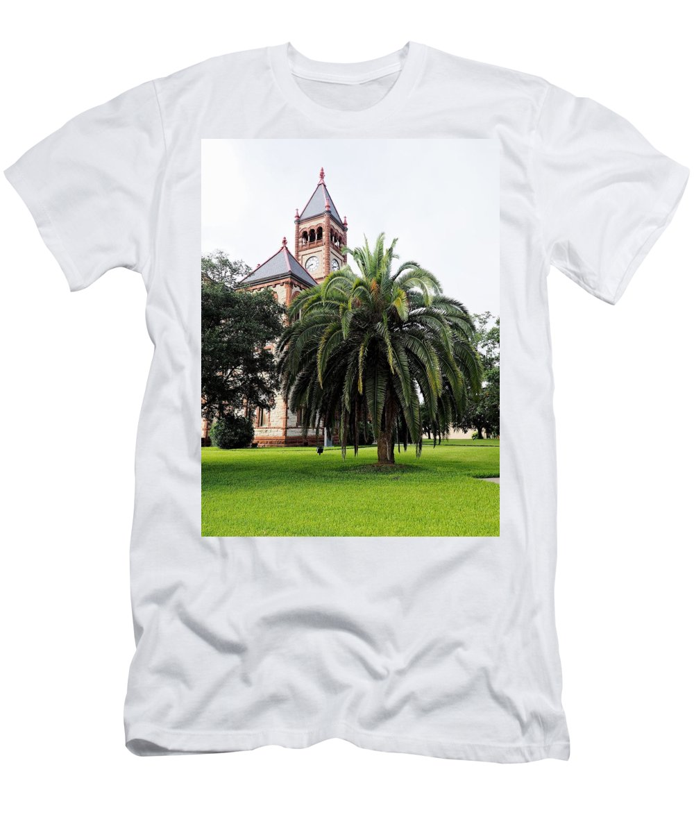 Gonzales Men's T-Shirt (Athletic Fit) featuring the photograph Gonzales County Court House by Gary Richards