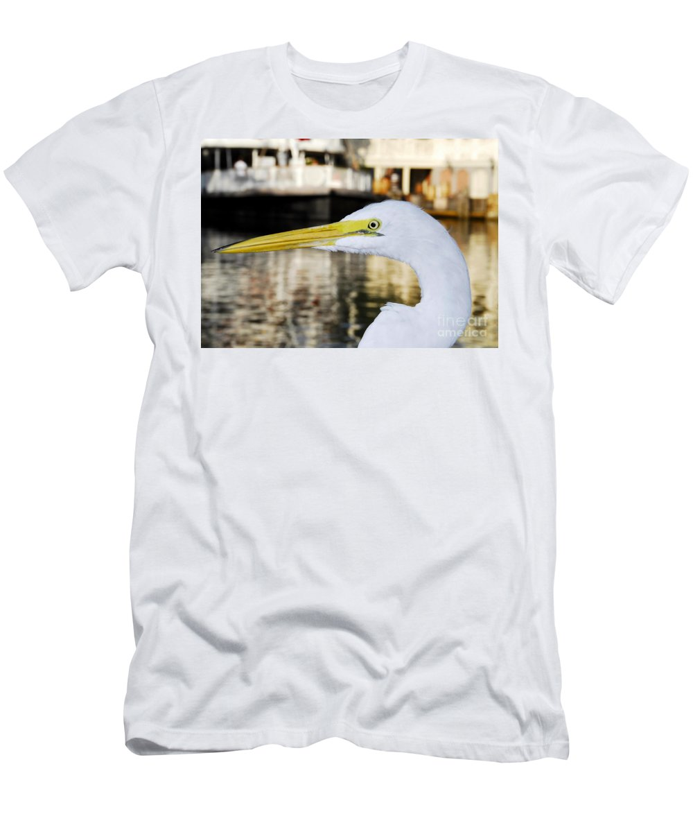 Egret Men's T-Shirt (Athletic Fit) featuring the photograph Harbor Egret by David Lee Thompson