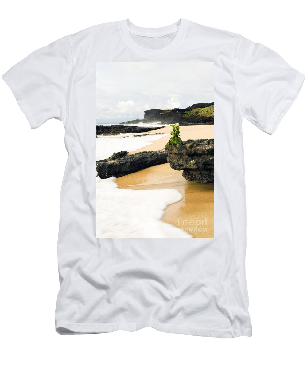 Arrange Men's T-Shirt (Athletic Fit) featuring the photograph Hawaiian Offering On Beach by Dana Edmunds - Printscapes
