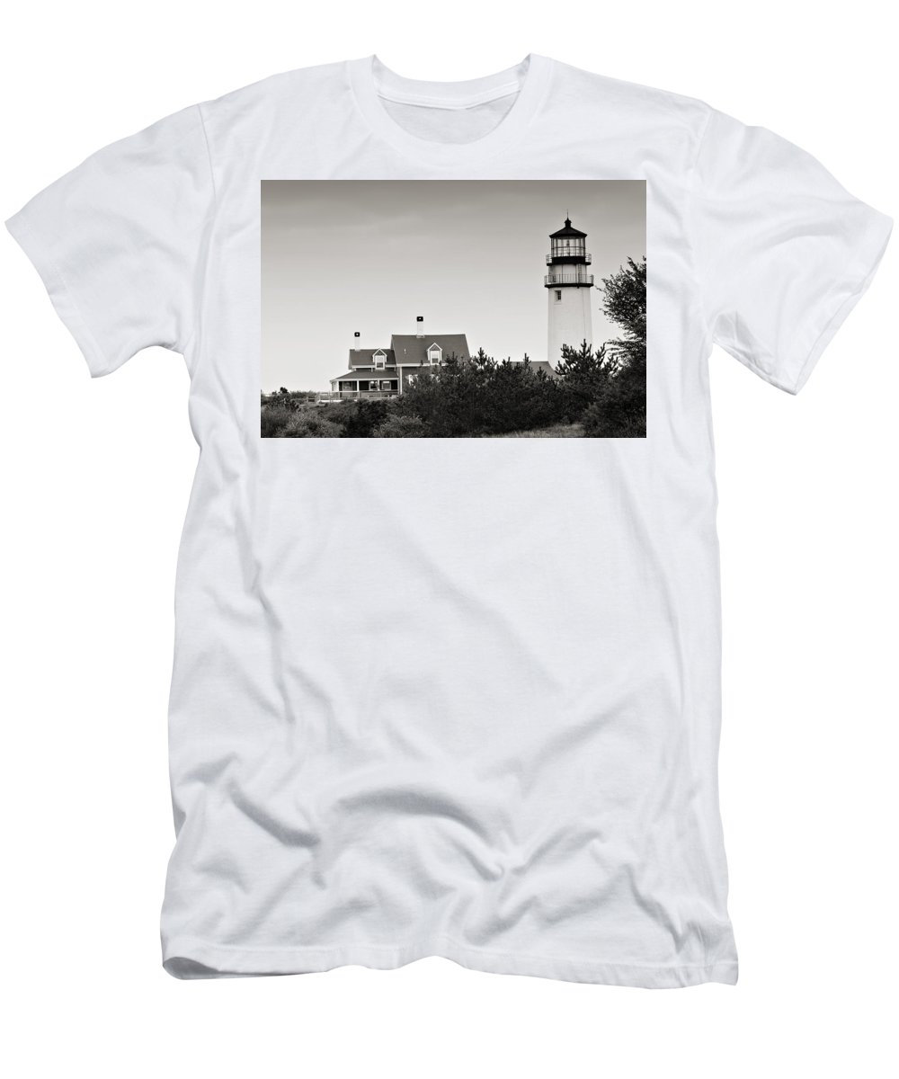 Lighthouse Men's T-Shirt (Athletic Fit) featuring the photograph Highland Light At Cape Cod by Renee Hong