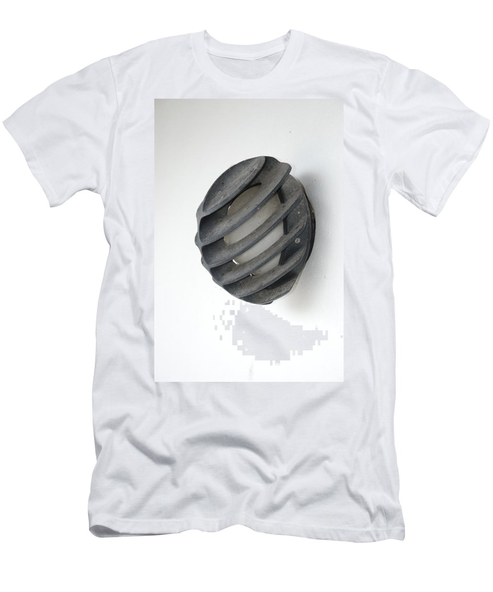 Japanese Men's T-Shirt (Athletic Fit) featuring the photograph Japanese Shell Lamp by Rob Hans