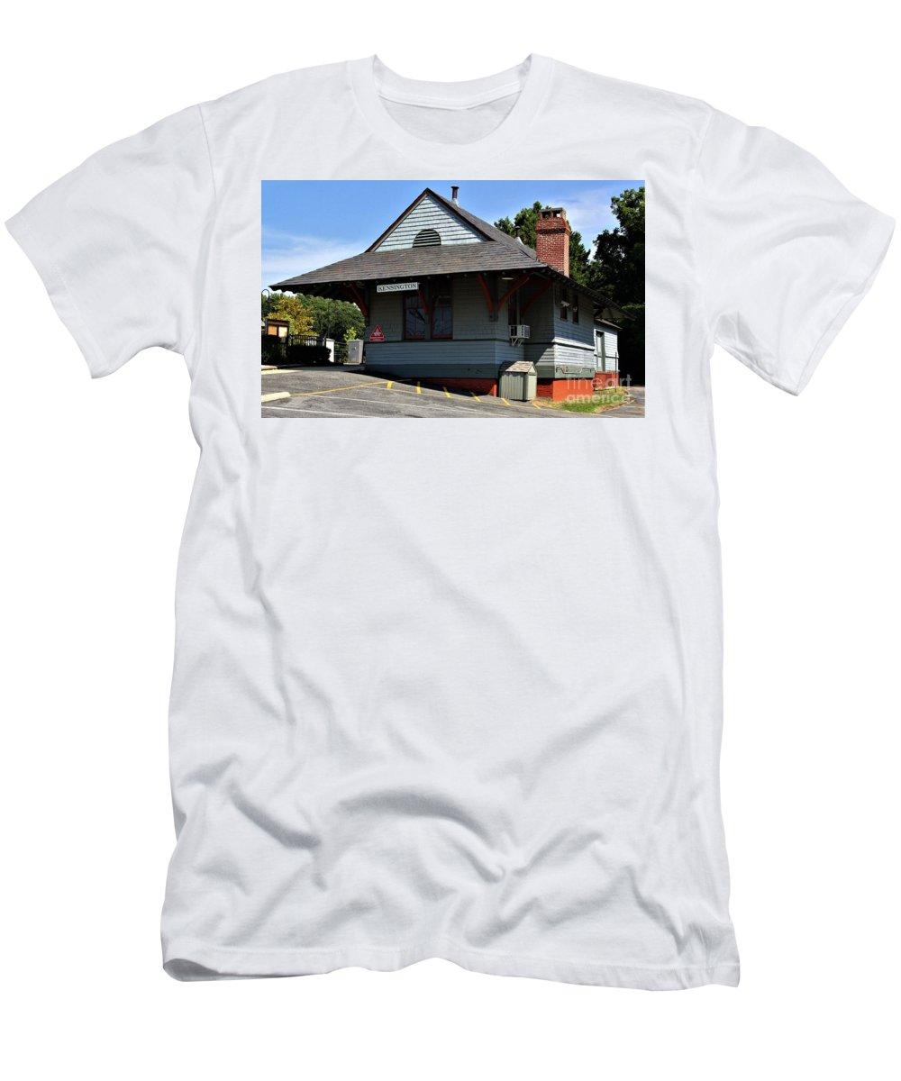 Kensington Train Station Men's T-Shirt (Athletic Fit) featuring the photograph Kensington Train Station by Patti Whitten