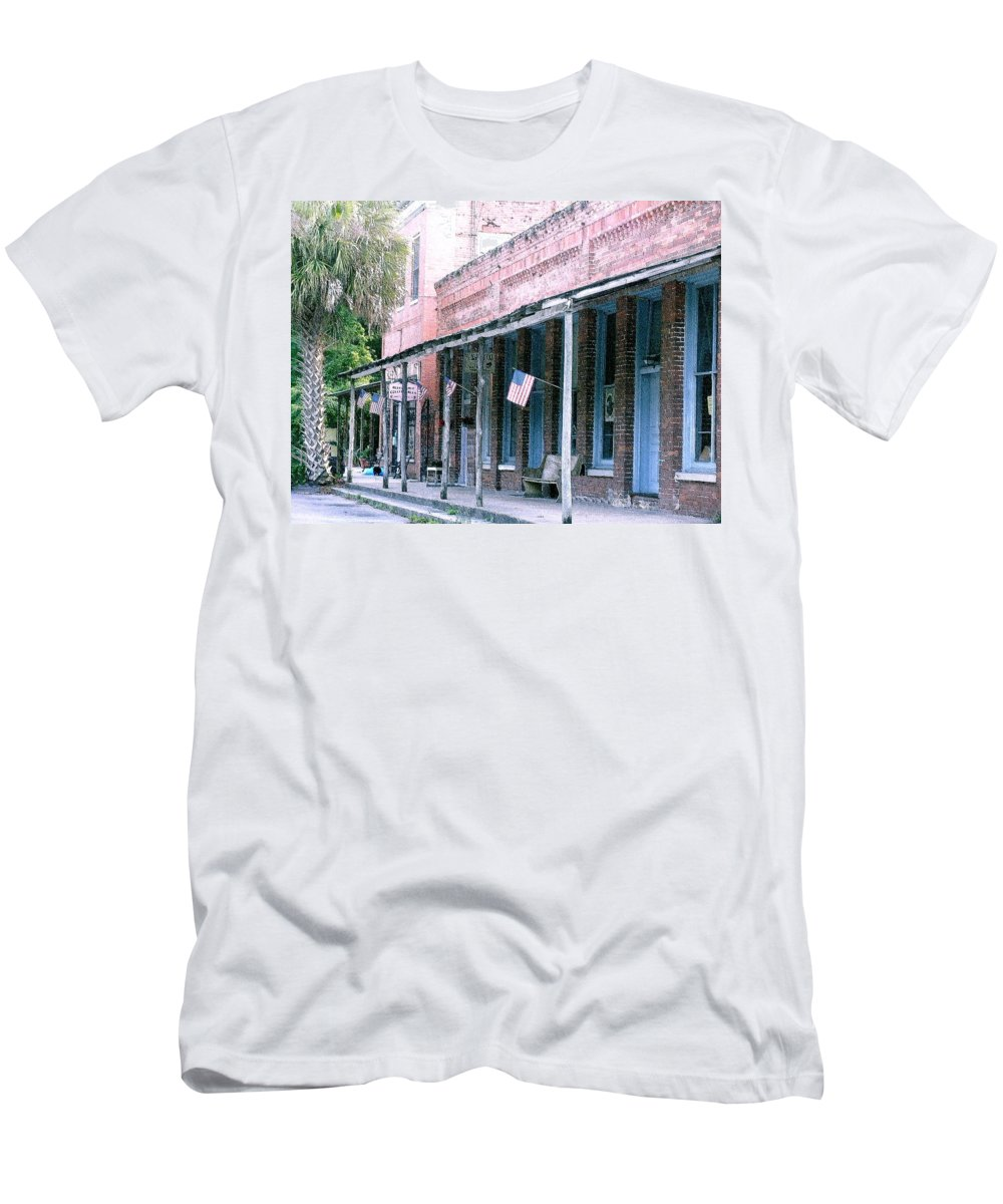 Florida Men's T-Shirt (Athletic Fit) featuring the photograph Main Street Micanopy Florida by Nelson Strong