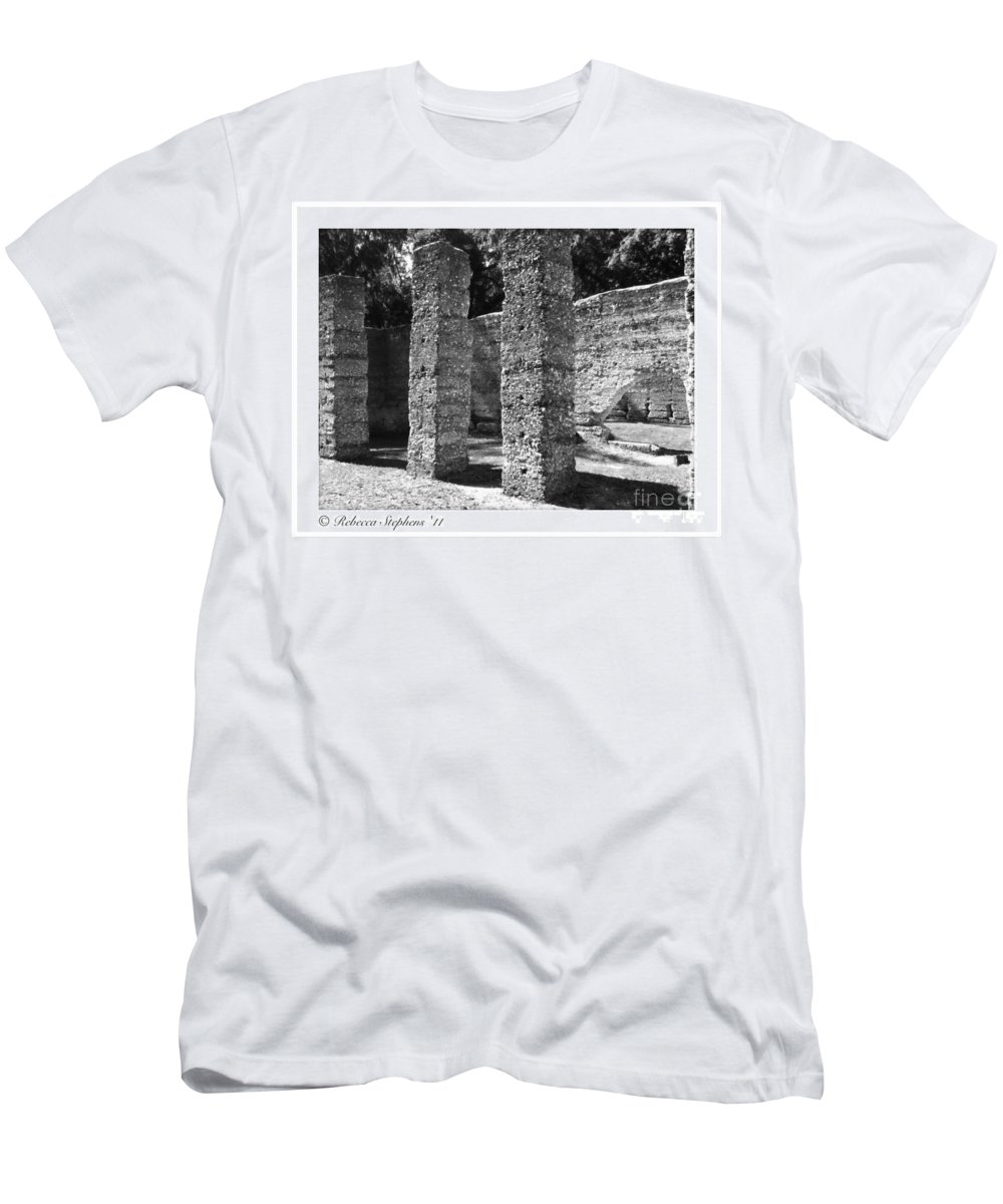 Tabby Men's T-Shirt (Athletic Fit) featuring the photograph Mcintosh Sugar Mill Tabby Ruins 1825 by Rebecca Stephens