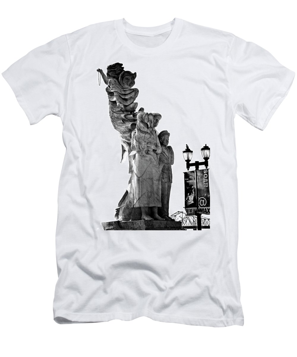 Black And White Men's T-Shirt (Athletic Fit) featuring the photograph Miss Liberty And The Immigrant Family by Kathleen K Parker