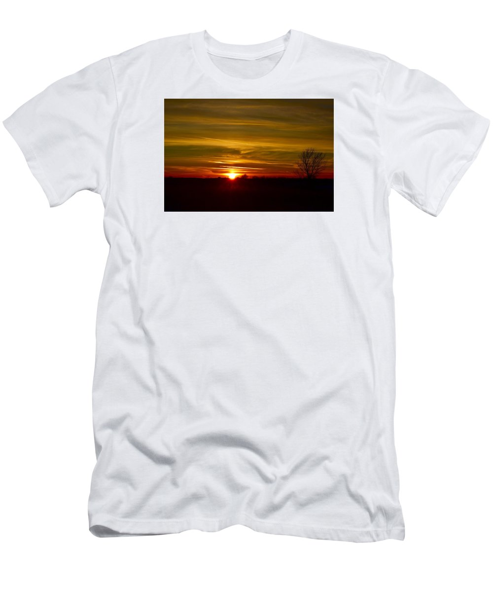 Sun Men's T-Shirt (Athletic Fit) featuring the photograph My First 2016 Sunset Photo by Dacia Doroff