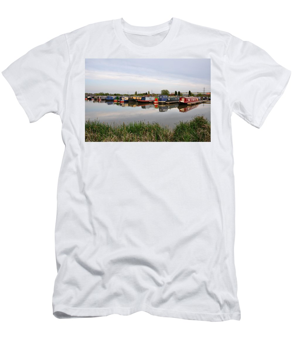 Reflections Men's T-Shirt (Athletic Fit) featuring the photograph Narrowboats At Barton Marina by Rod Johnson