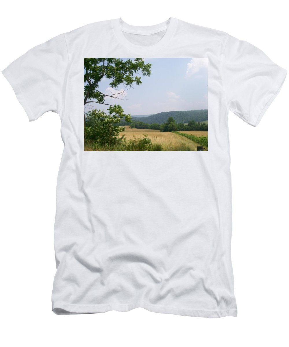 Pennsylvania Men's T-Shirt (Athletic Fit) featuring the photograph Open Country by R Chambers