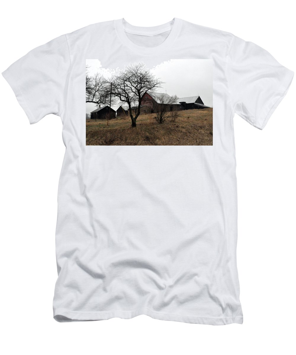 Farm Men's T-Shirt (Athletic Fit) featuring the photograph Overcast by Tim Nyberg