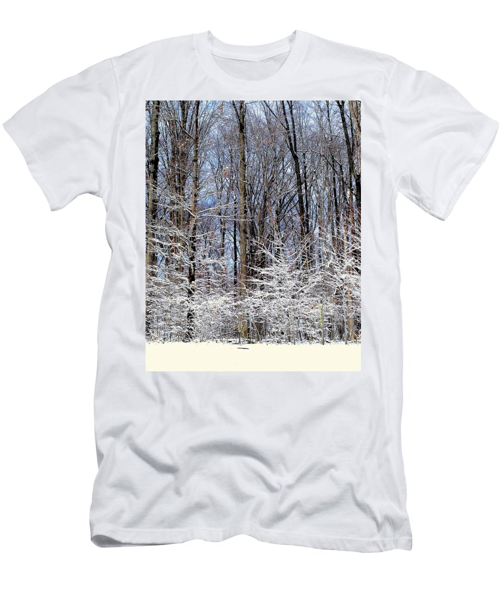 Trees Men's T-Shirt (Athletic Fit) featuring the photograph Parents With Children by Frozen in Time Fine Art Photography
