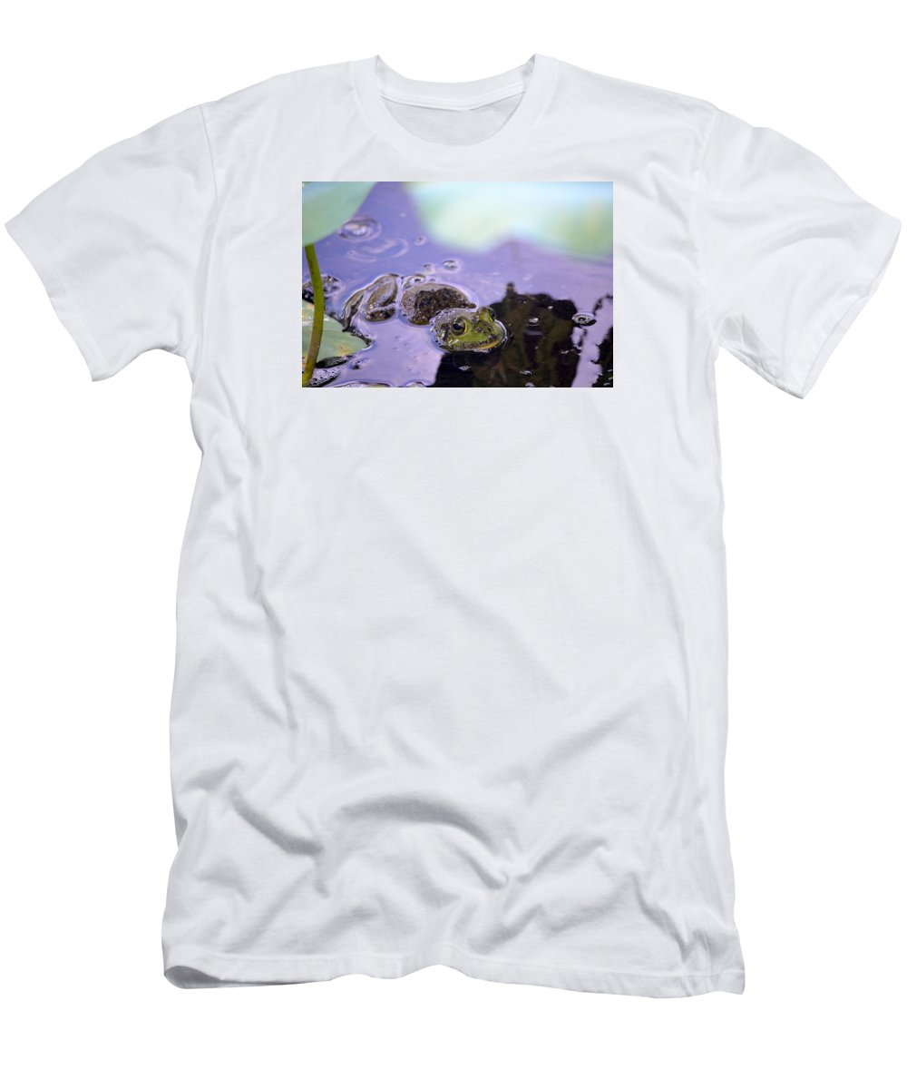 Frog Men's T-Shirt (Athletic Fit) featuring the photograph Peeking From The Pond by Rosie Shields