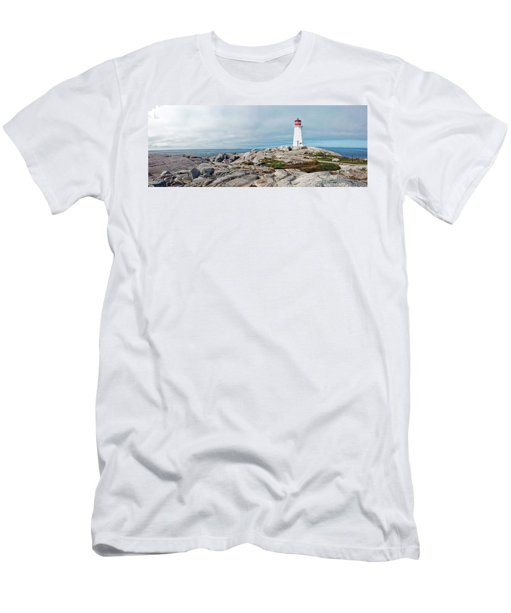 Nova Scotia Men's T-Shirt (Athletic Fit) featuring the photograph Peggy's Point Lighthouse by Noel Baebler