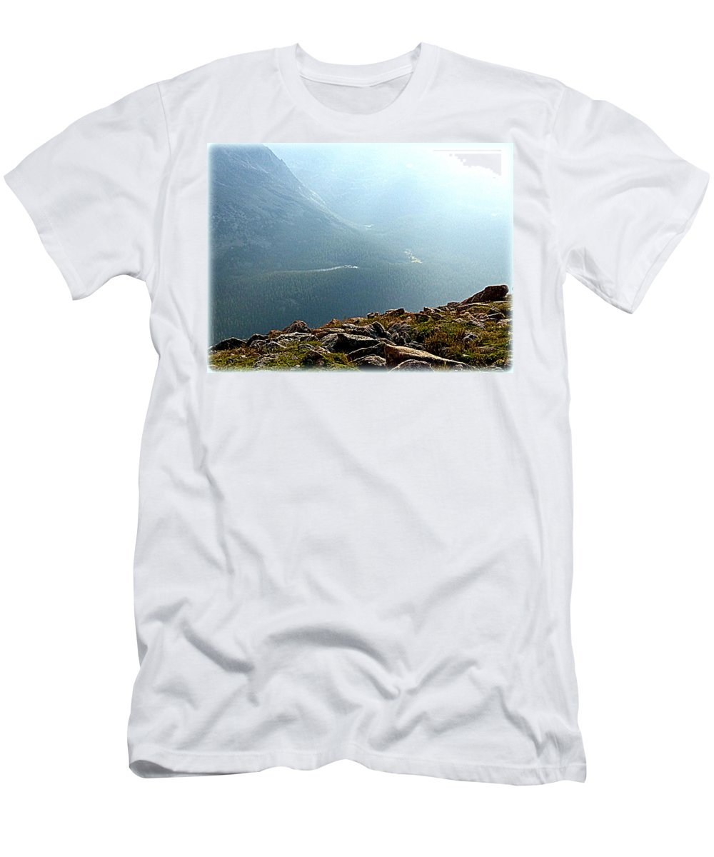 Landscape Men's T-Shirt (Athletic Fit) featuring the photograph River In The Valley Iv by Lesli Sherwin