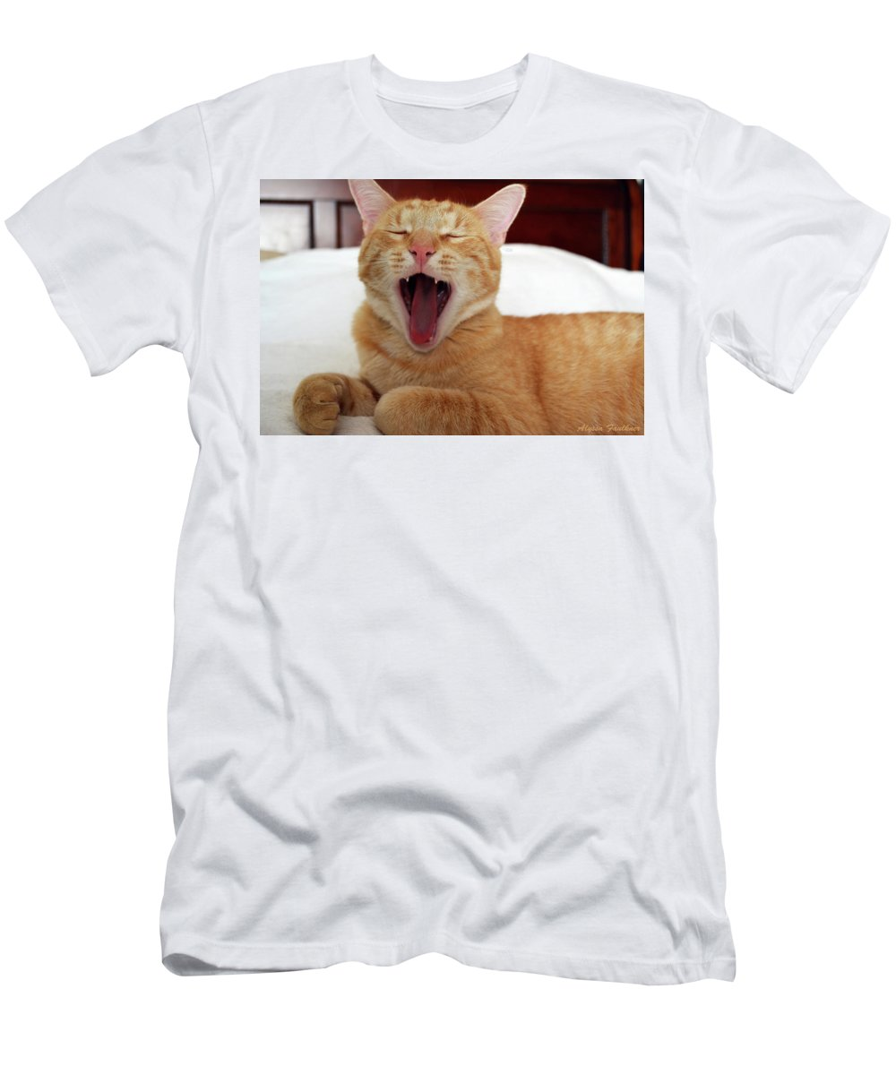 Cat Men's T-Shirt (Athletic Fit) featuring the photograph Simon by Alyssa Faulkner