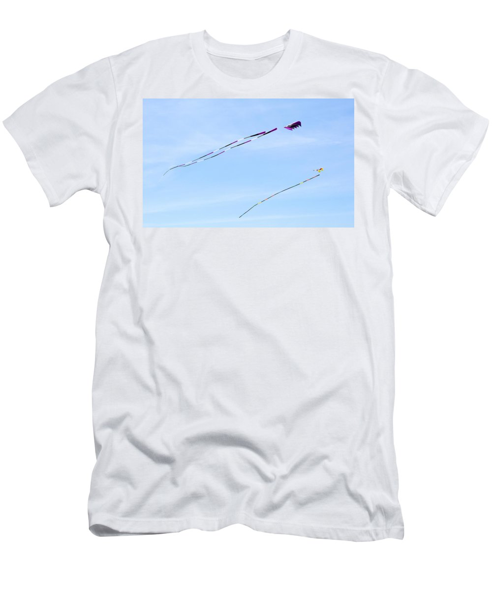 Coupeville Men's T-Shirt (Athletic Fit) featuring the photograph Soaring Kites by Linda Kerkau