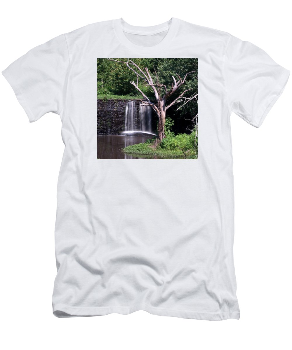Ann Keisling Men's T-Shirt (Athletic Fit) featuring the photograph Spill Over by Ann Keisling