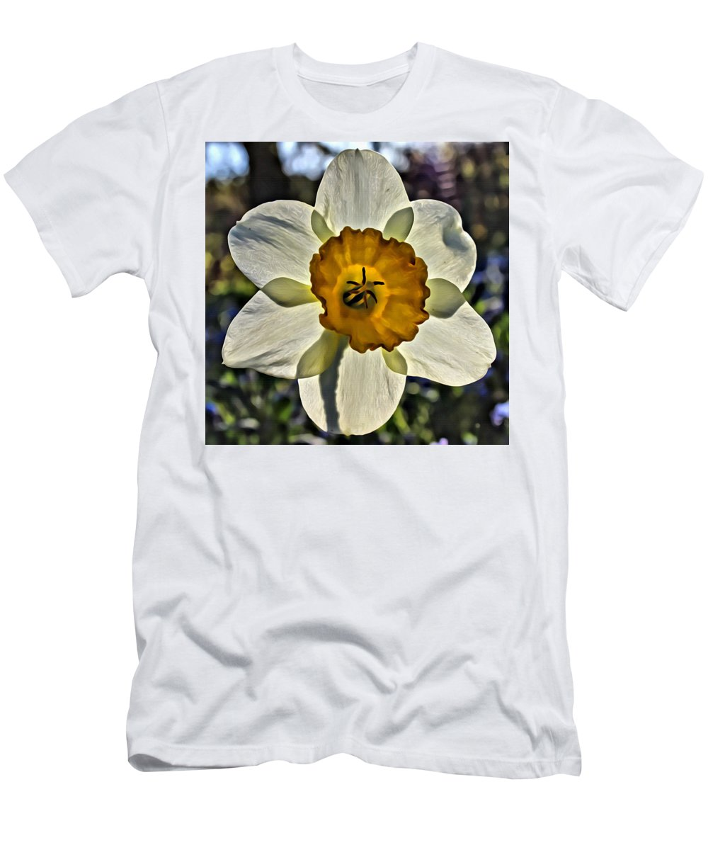 Flower Men's T-Shirt (Athletic Fit) featuring the photograph Square Daffydowndilly by Modern Art