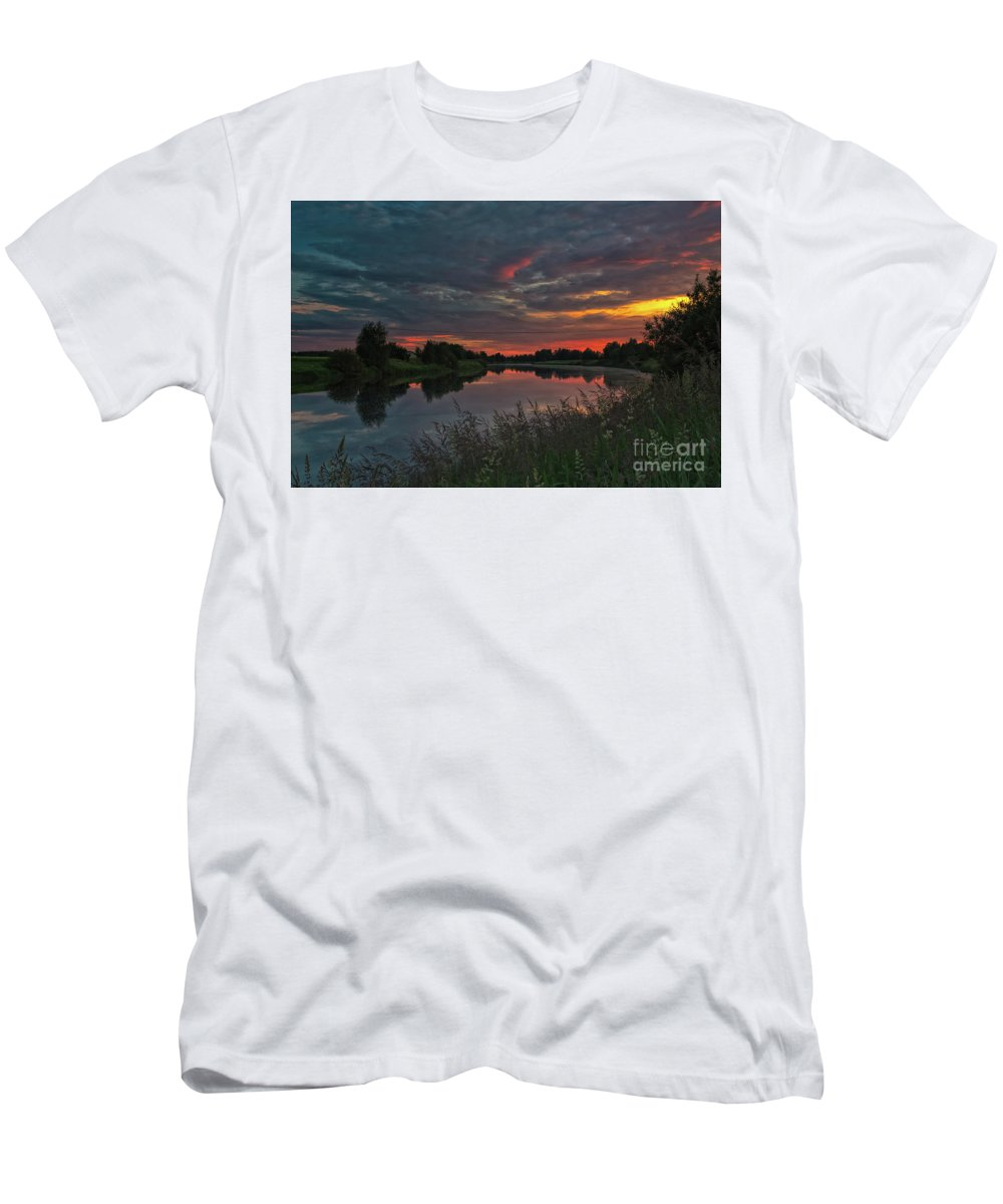 Copy Space Men's T-Shirt (Athletic Fit) featuring the photograph Sunset On The River by Jukka Heinovirta