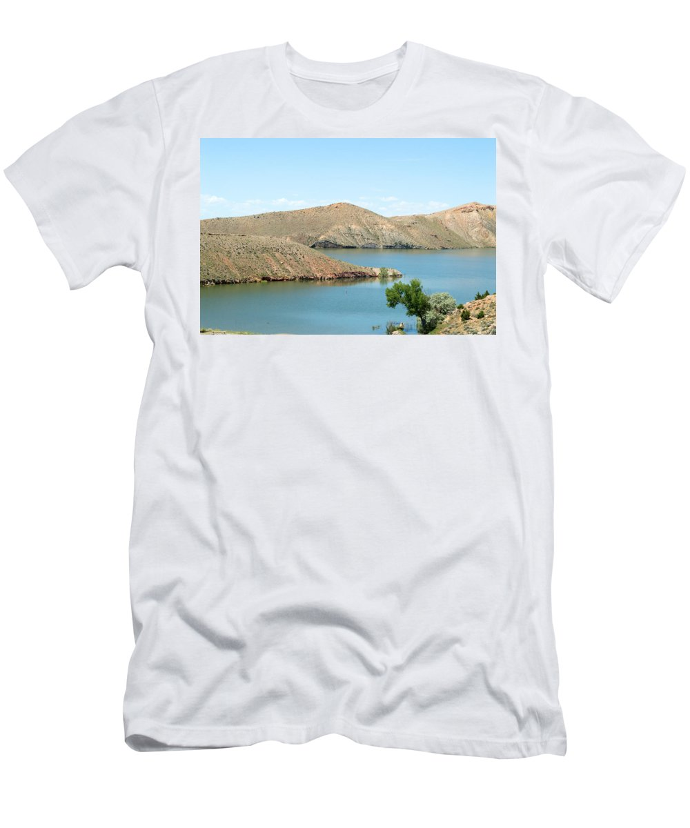 Mountains Men's T-Shirt (Athletic Fit) featuring the photograph Surrounded By Mountains by Linda Kerkau