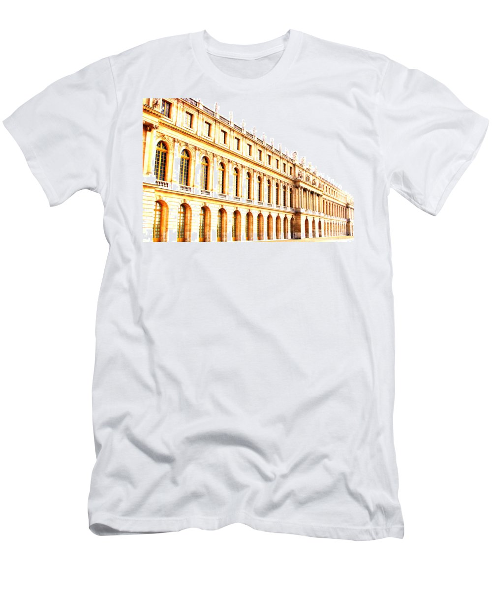 Versailles Men's T-Shirt (Athletic Fit) featuring the photograph The Palace by Amanda Barcon