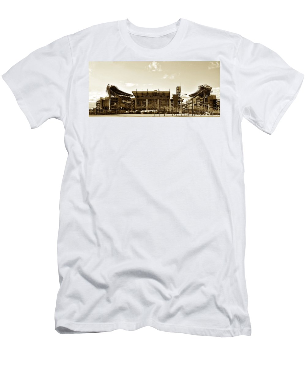 Sports Men's T-Shirt (Athletic Fit) featuring the photograph The Philadelphia Eagles - Lincoln Financial Field by Bill Cannon
