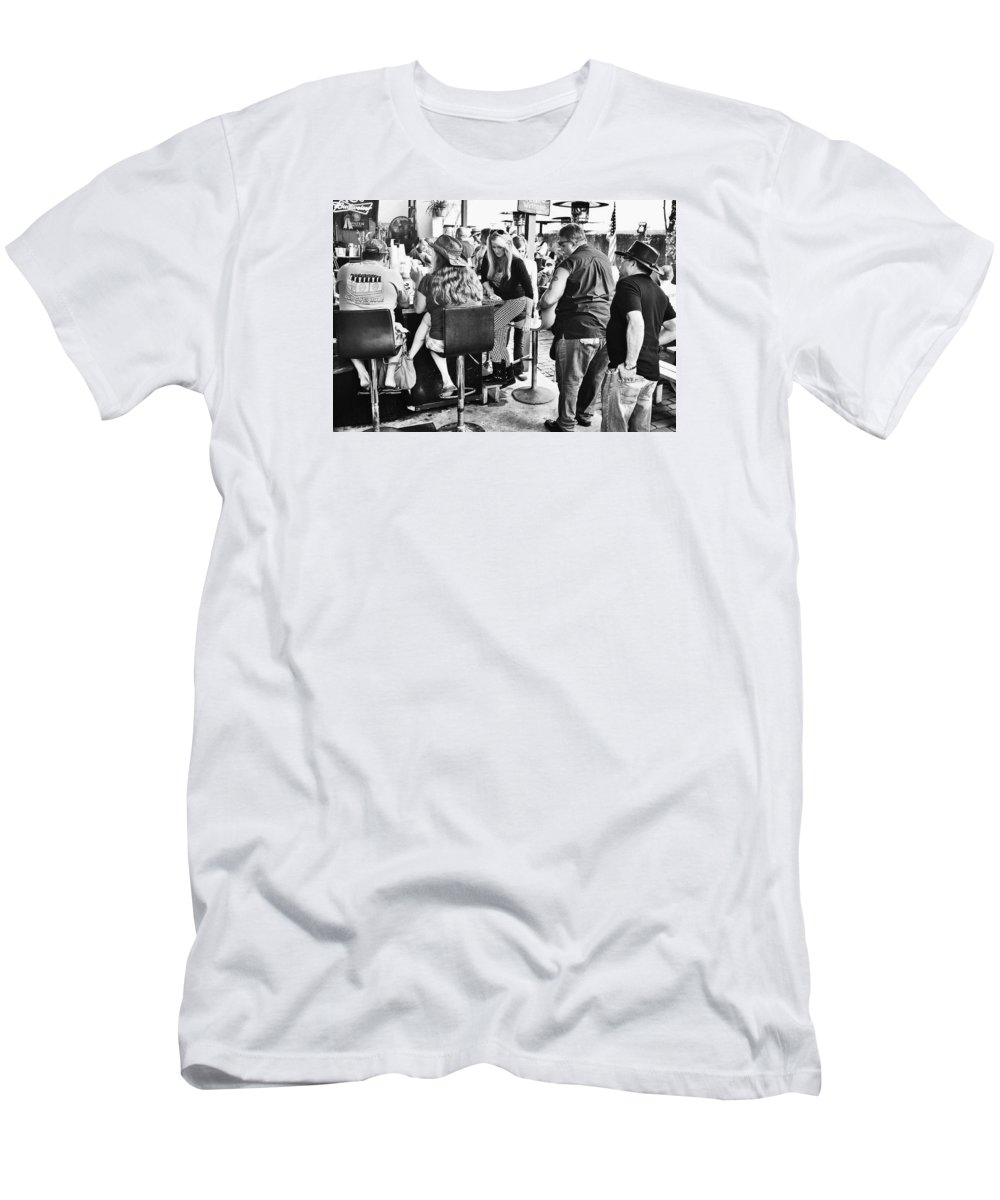Bar Men's T-Shirt (Athletic Fit) featuring the photograph Thirst by Dario Boriani