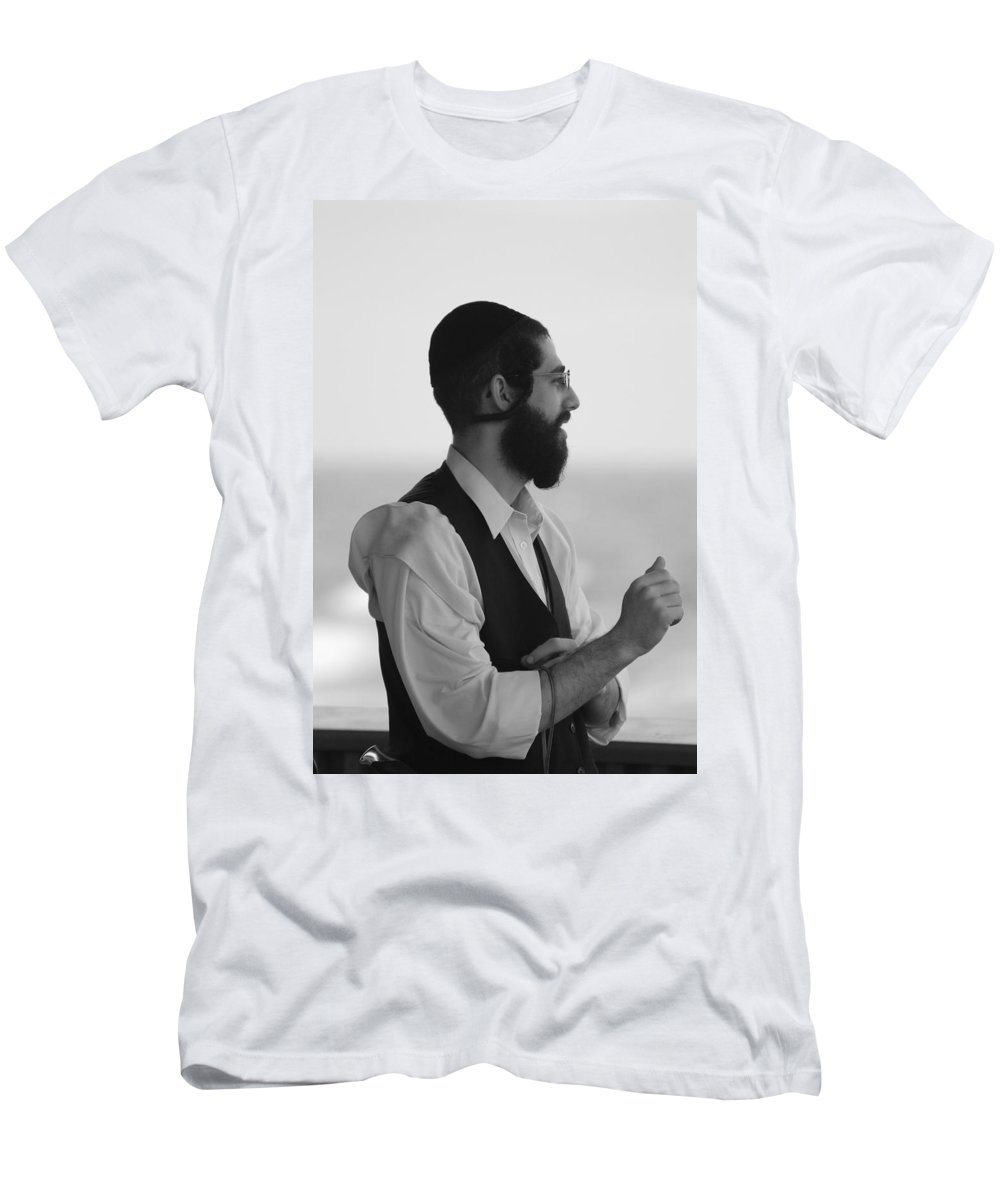 Black And White Men's T-Shirt (Athletic Fit) featuring the photograph Tradition by Rob Hans
