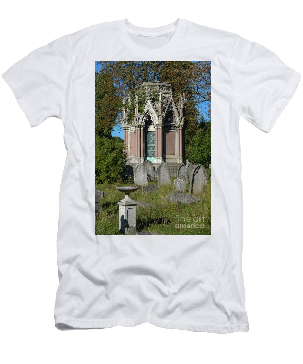 Peaceful Men's T-Shirt (Athletic Fit) featuring the photograph Tranquil Tomb by F Helm