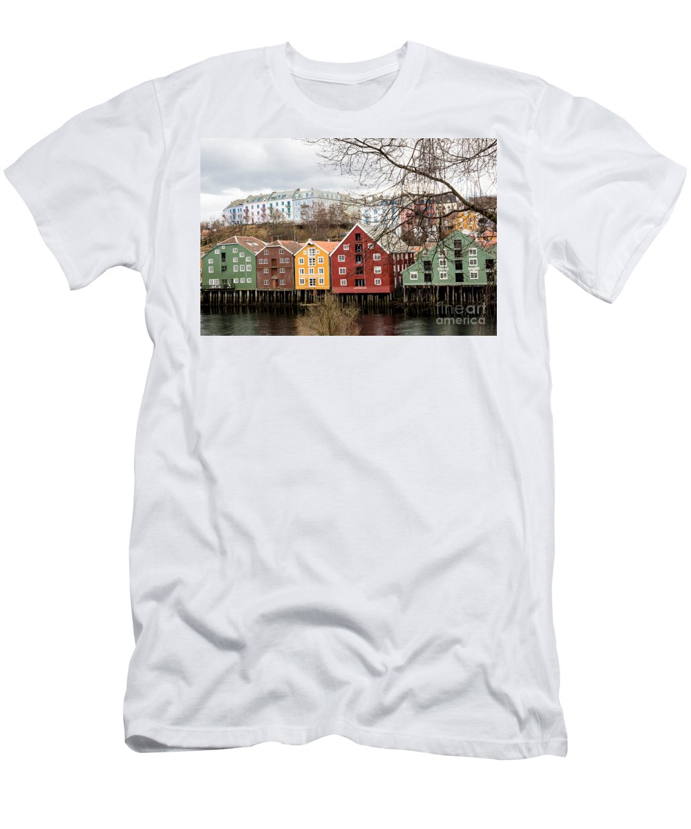 Trondheim Men's T-Shirt (Athletic Fit) featuring the photograph Trondheim Colors by Suzanne Luft
