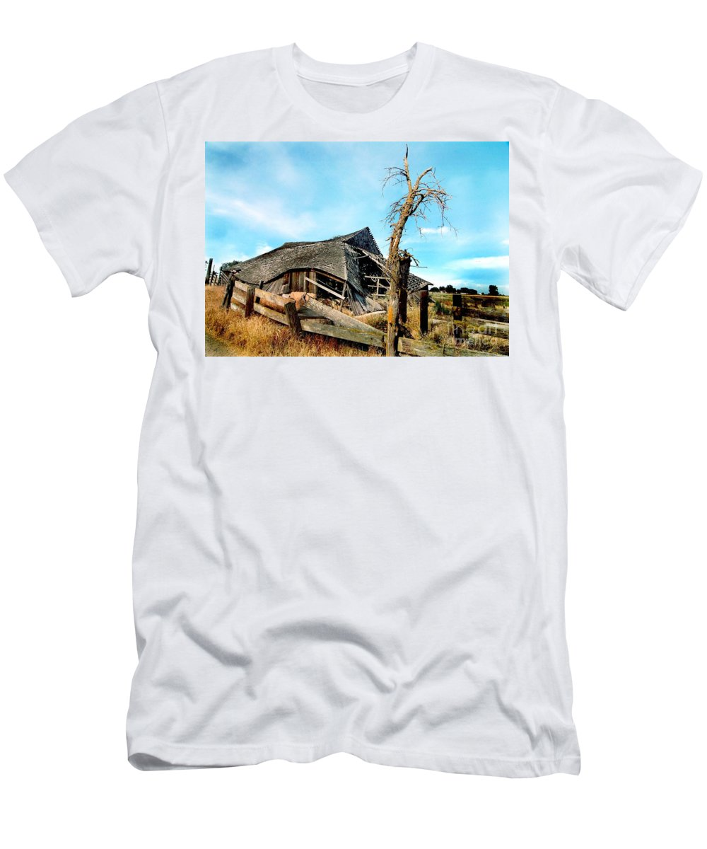 Rural Men's T-Shirt (Athletic Fit) featuring the photograph Truly Abandoned by Norman Andrus