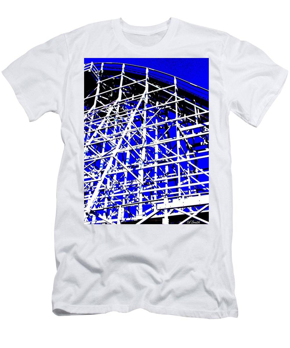 Up And Away Men's T-Shirt (Athletic Fit) featuring the photograph Up And Away by Ed Smith