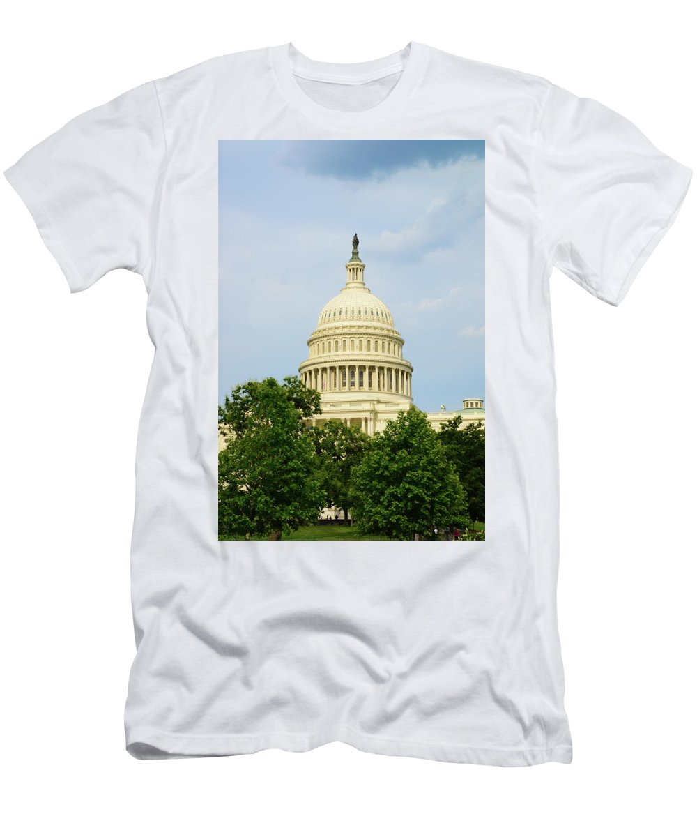 Uscapitol Men's T-Shirt (Athletic Fit) featuring the photograph Us Capitol 2 by Gwen Juarez