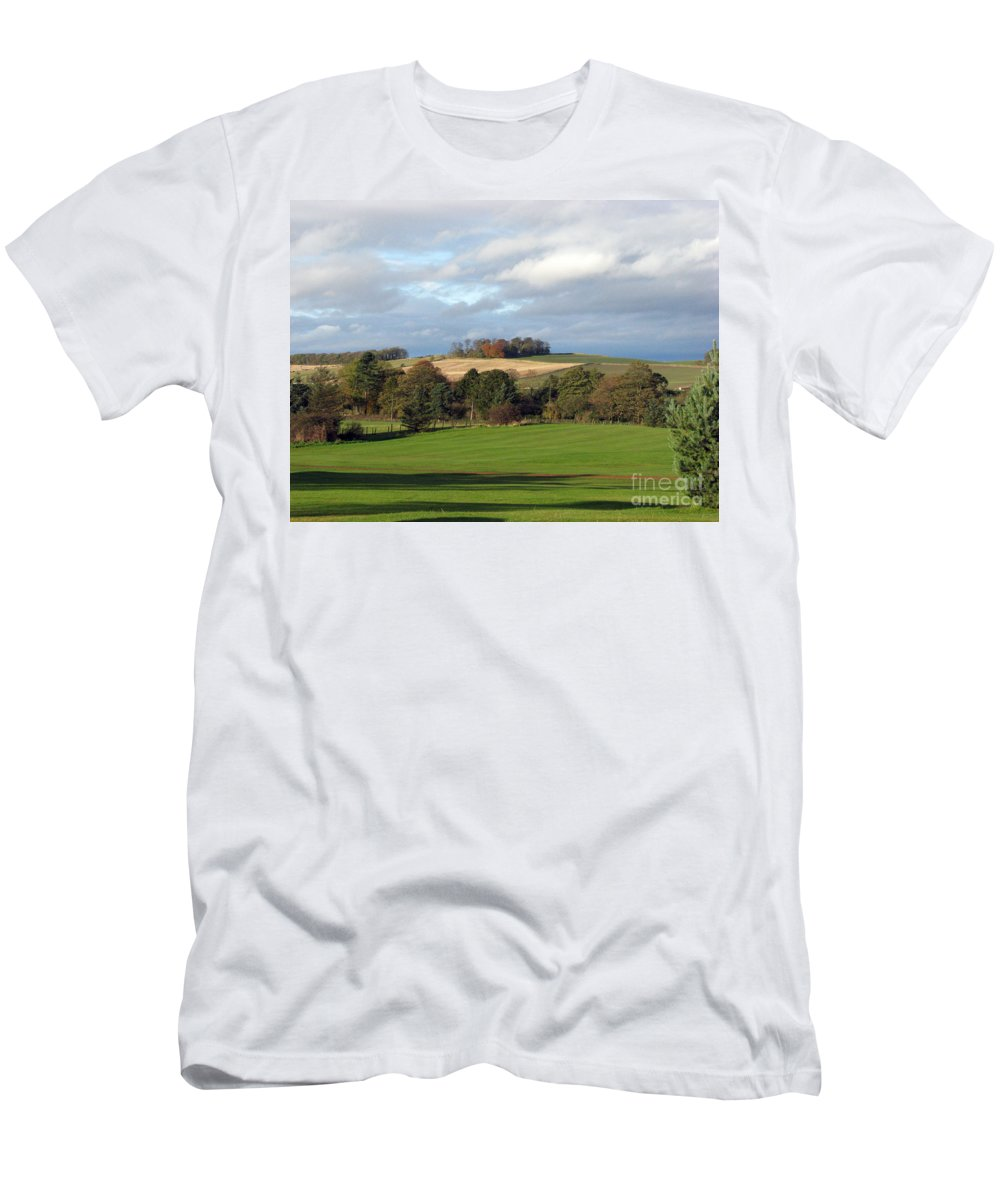 Scotland Men's T-Shirt (Athletic Fit) featuring the photograph View At The Dalmahoy by Amanda Barcon