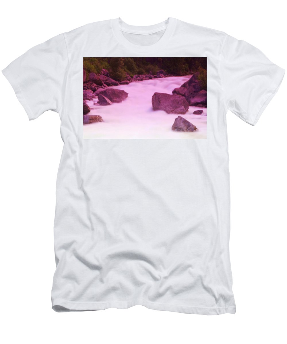 Rivers Men's T-Shirt (Athletic Fit) featuring the photograph Wenatchee River by Jeff Swan
