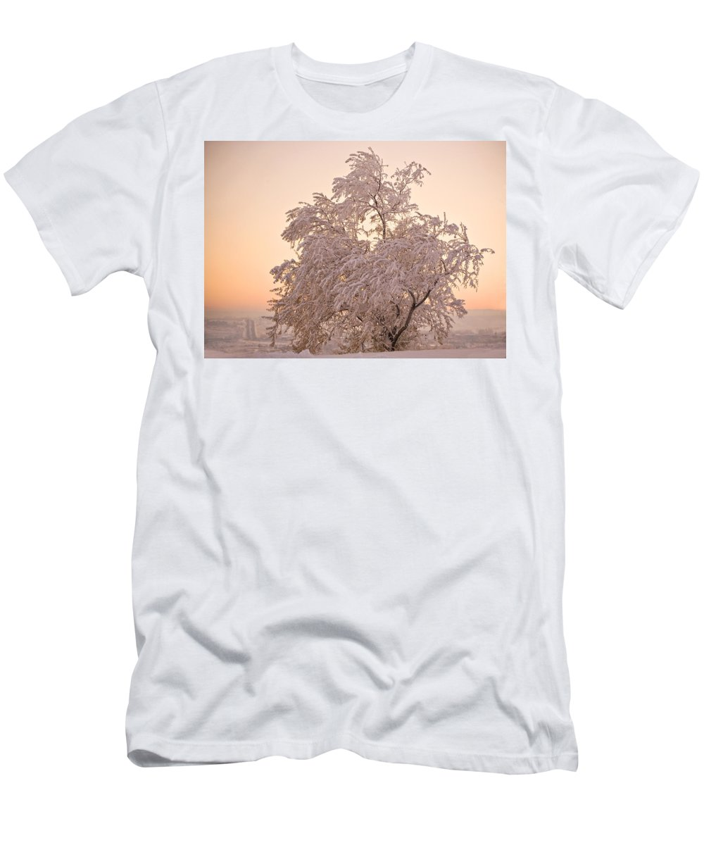 Winter Men's T-Shirt (Athletic Fit) featuring the photograph Winter Sunset by Marilyn Hunt