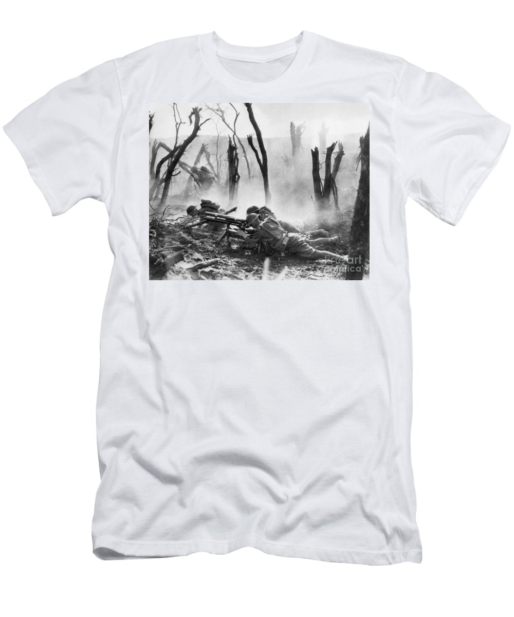 1918 T-Shirt featuring the photograph World War I: Battlefield by Granger