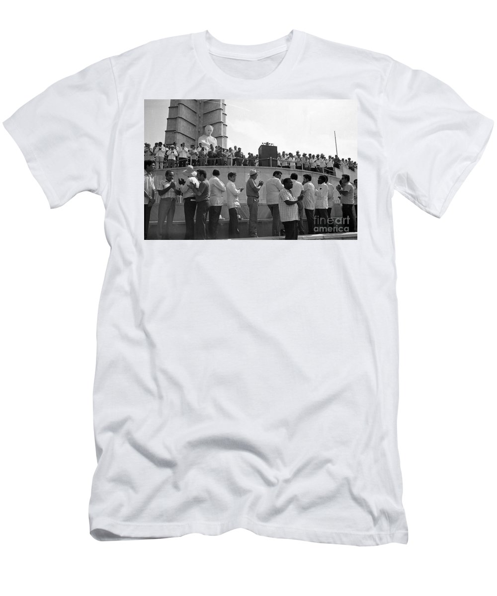The Message Men's T-Shirt (Athletic Fit) featuring the photograph Jose Marti Memorial by Venancio Diaz