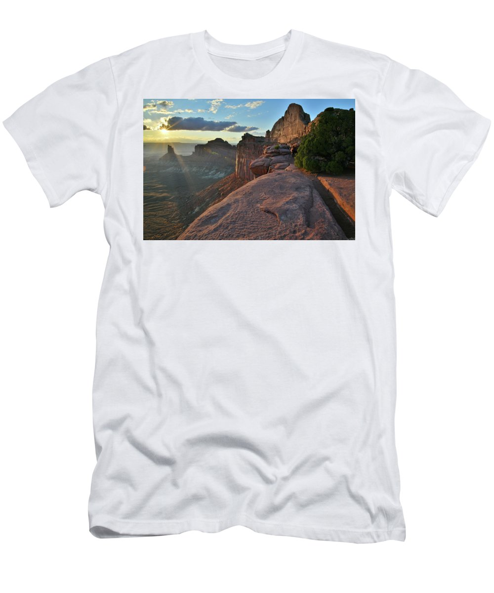 Canyonlands National Park Men's T-Shirt (Athletic Fit) featuring the photograph Star Of The Show In Canyonlands Np by Ray Mathis