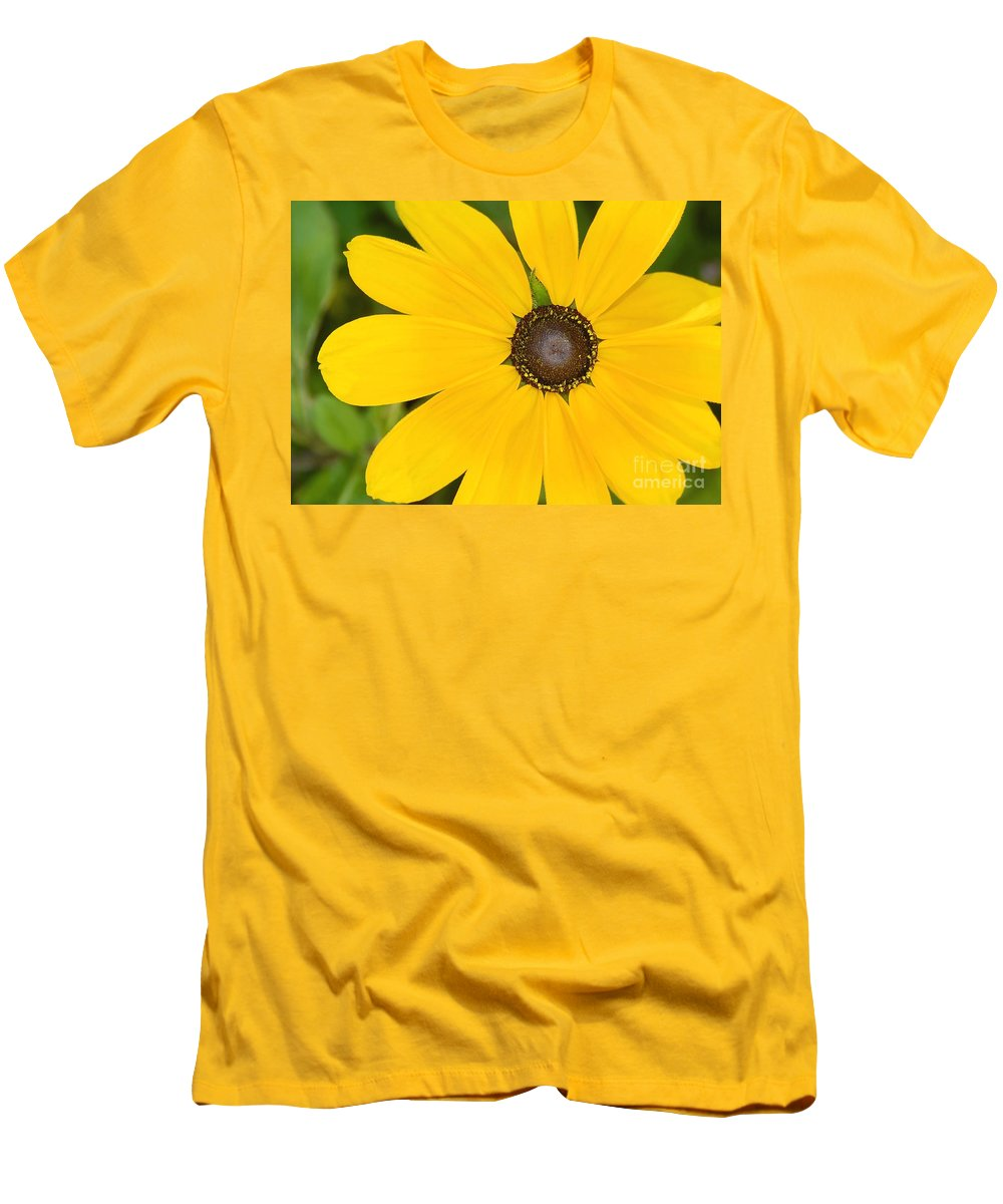 Yellow Flower Men's T-Shirt (Athletic Fit) featuring the photograph Pretty In Yellow by David Lee Thompson