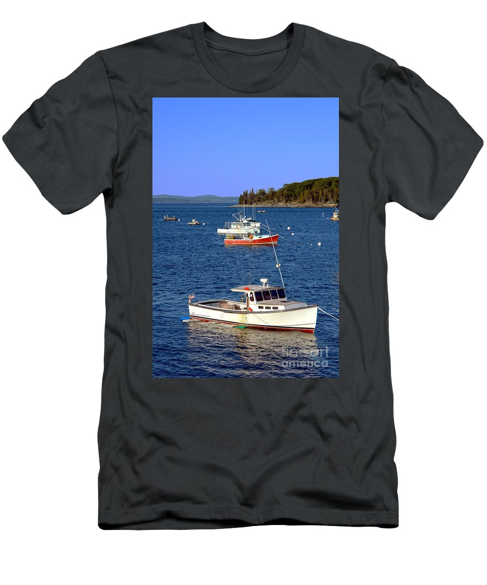 Maine Men's T-Shirt (Athletic Fit) featuring the photograph Maine Lobster Boat by Olivier Le Queinec