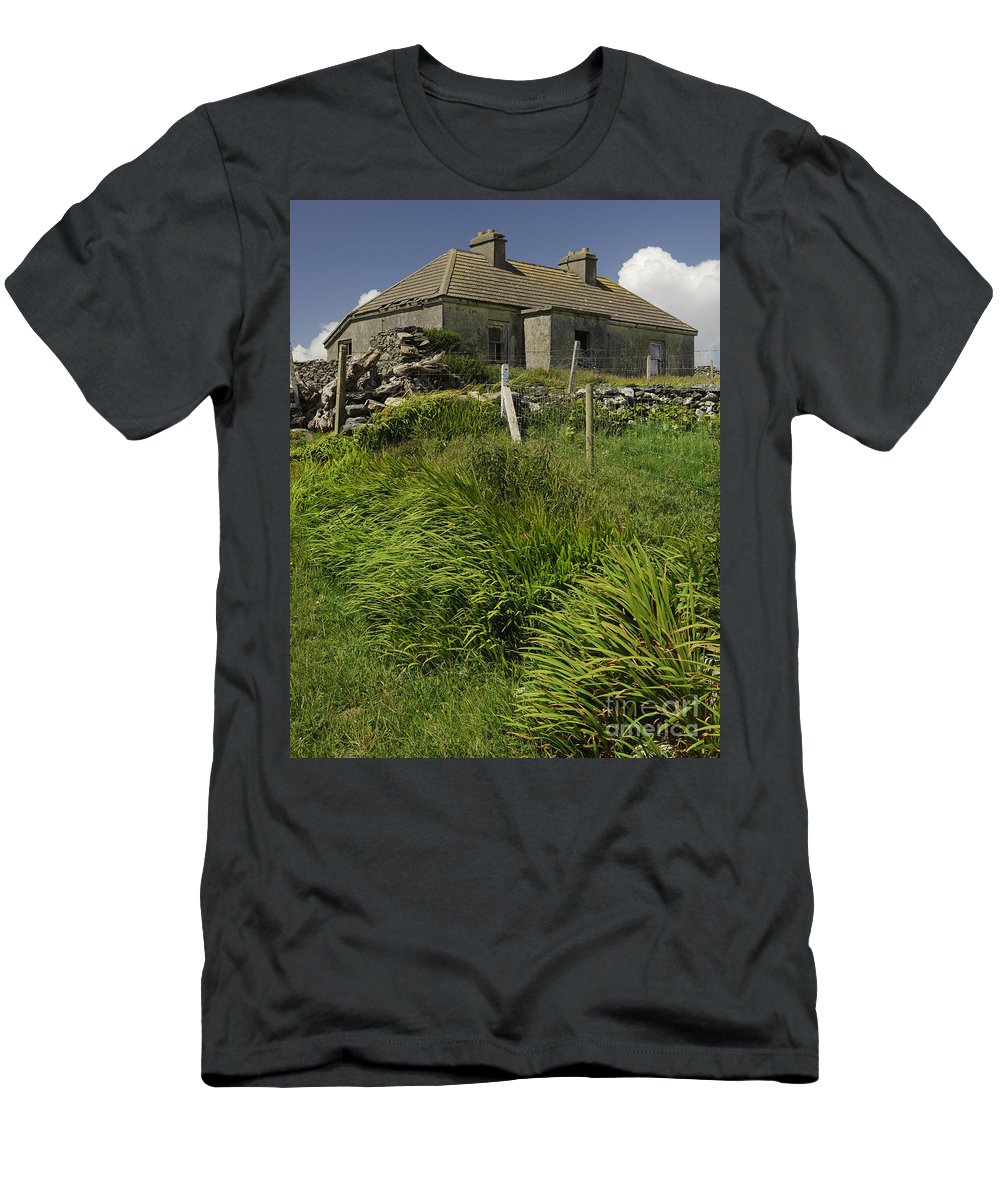 County Mayo Men's T-Shirt (Athletic Fit) featuring the photograph Abandoned Farm In Ireland by John Shaw
