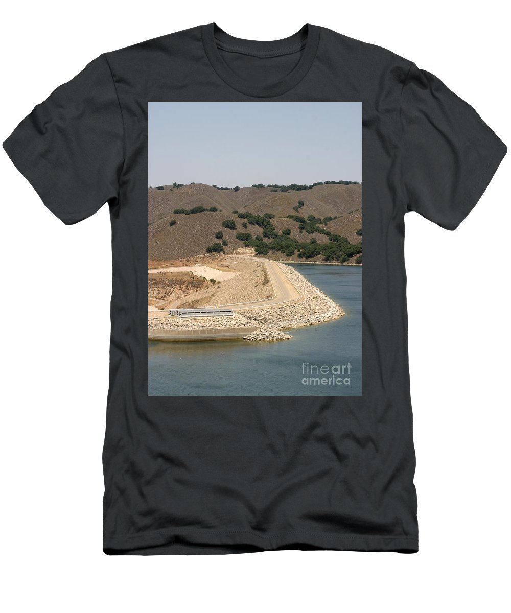 Architecture Men's T-Shirt (Athletic Fit) featuring the photograph Bradbury Dam by Henrik Lehnerer