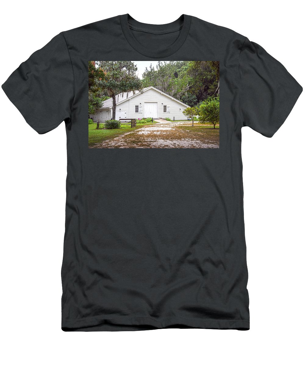 Surrounded By Lush Green Trees And Bushes Men's T-Shirt (Athletic Fit) featuring the photograph Carriage House by Judy Hall-Folde