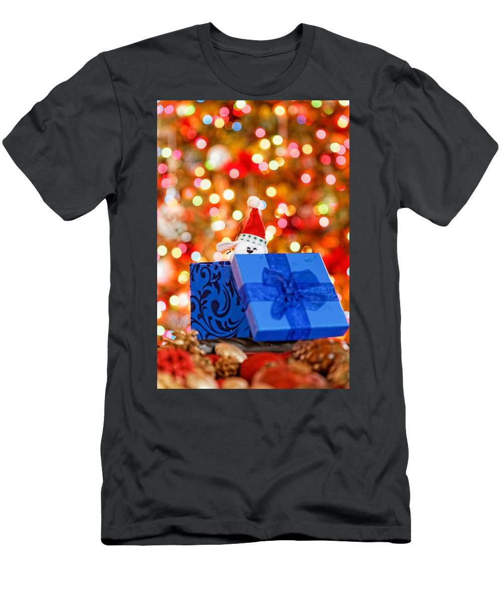 Background Men's T-Shirt (Athletic Fit) featuring the photograph Christmas Time by Peter Lakomy
