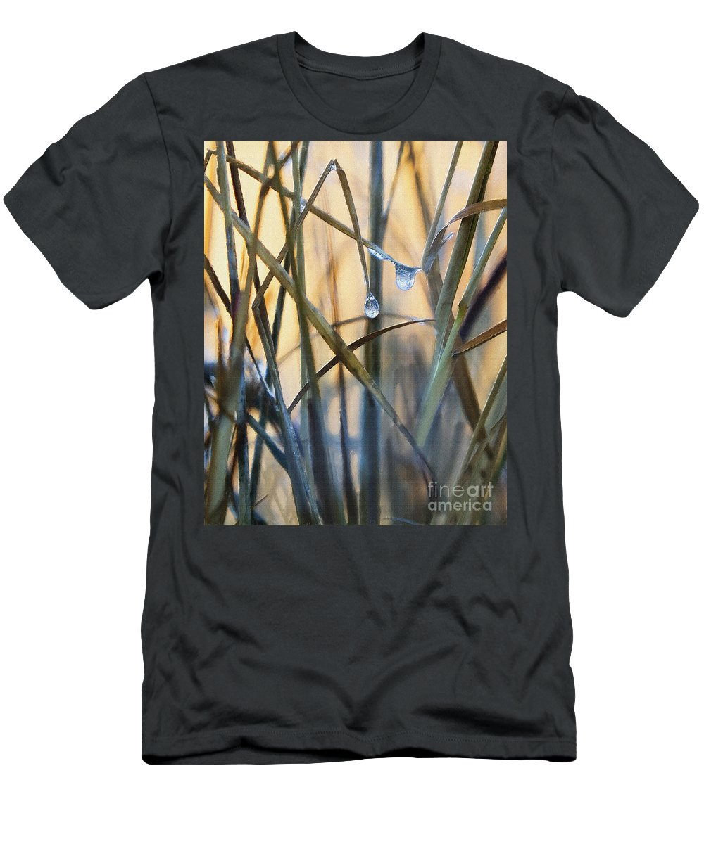 Grass Men's T-Shirt (Athletic Fit) featuring the photograph Frozen Raindrops Impasto by Sharon Foster
