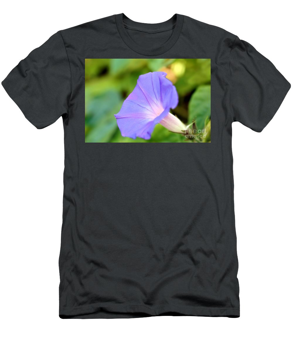 Beauty Men's T-Shirt (Athletic Fit) featuring the photograph Purple Morning Glory by Henrik Lehnerer