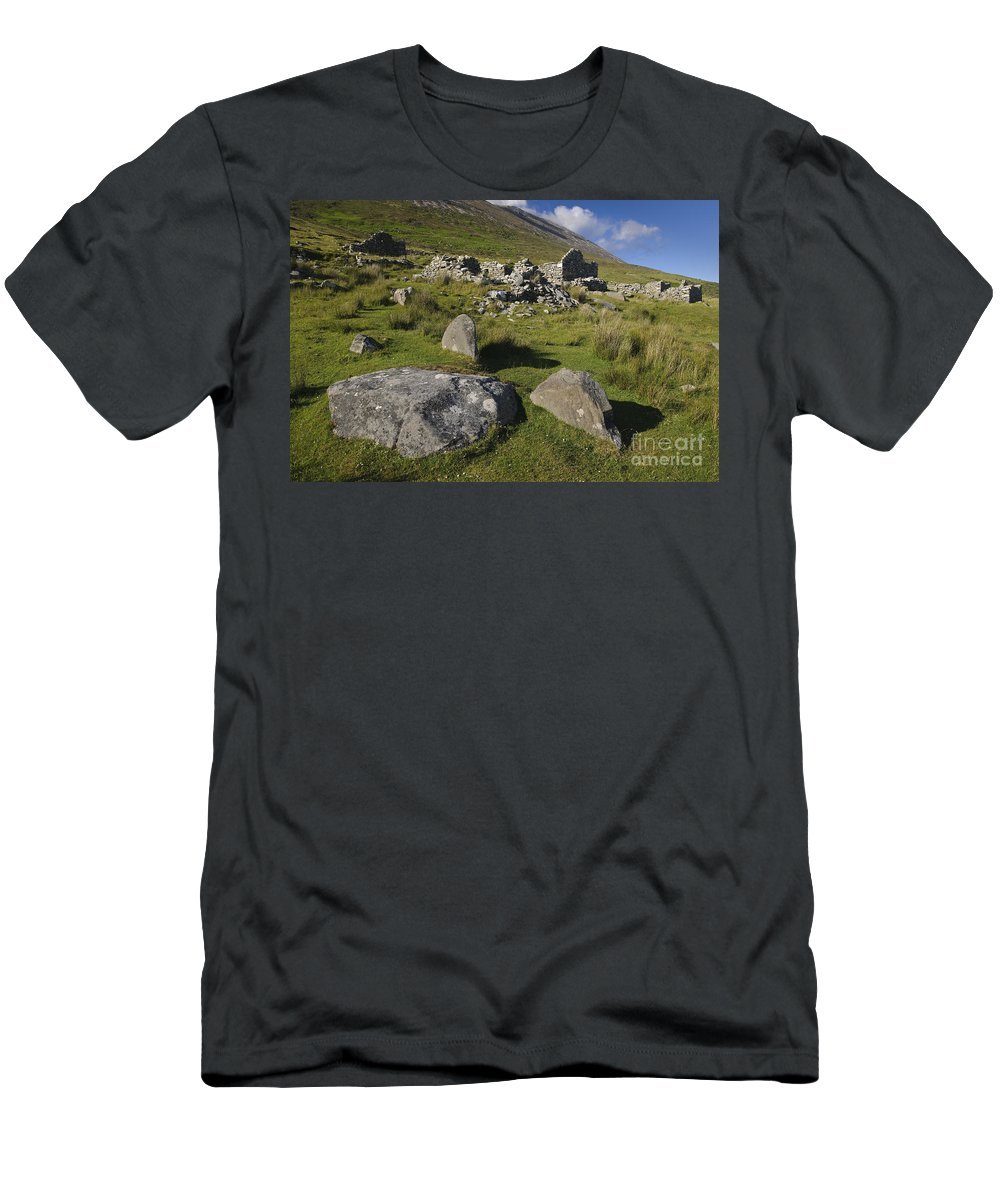 Achill Men's T-Shirt (Athletic Fit) featuring the photograph Remains Of Slievemore Village by John Shaw