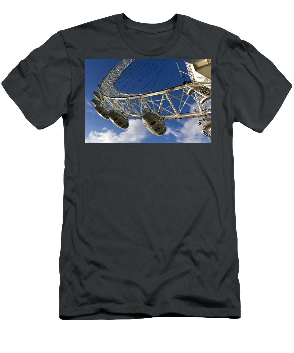 London Eye Men's T-Shirt (Athletic Fit) featuring the photograph The London Eye by David Pyatt
